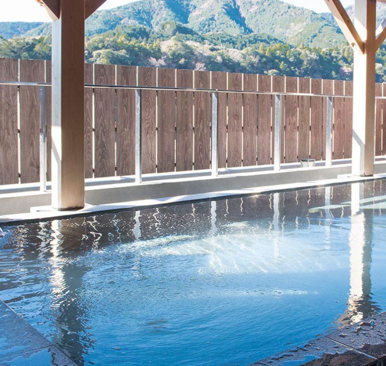 Lodging & Hot Springs
